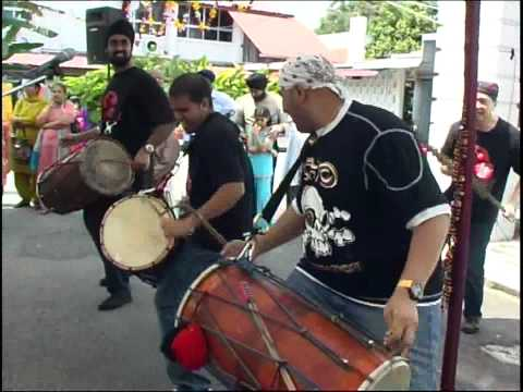 Dhol Player Singapore (HQ02)