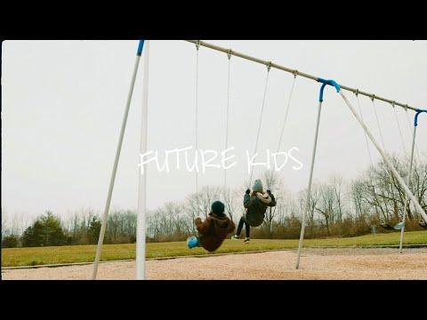 Sara Kays - Future Kids [Official Lyric Video]
