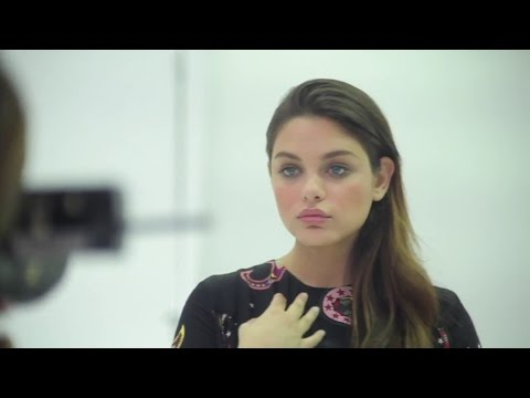 Odeya Rush actress  beautiful girl Goosebumps kiss kissing  אודיה רש‎