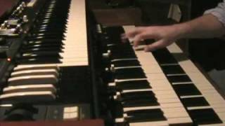 Hammond B3 organ vs Hammond Suzuki XK3