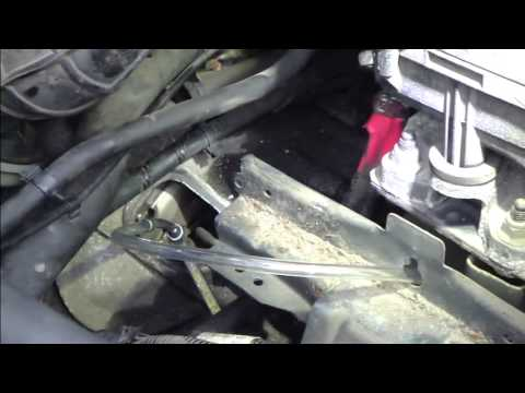 How to bleed clutch system  Ford Mondeo 2000 to 2007