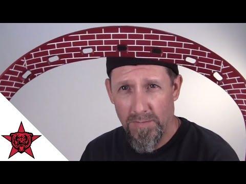 Lacrosse: Dye - Brick Wall Goalie Head