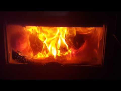Osburn 2400 fireplace insert at 550 Degrees