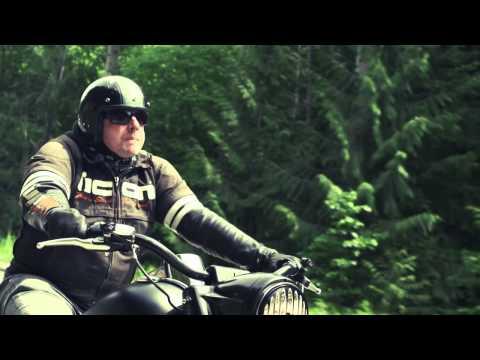 A Motorcyclist Paradise, Cruising Around Kootenay Lake