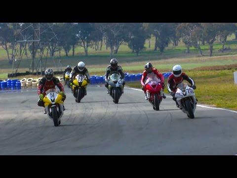 600cc Bike Race Wakefield Park St George Motorcycle Club