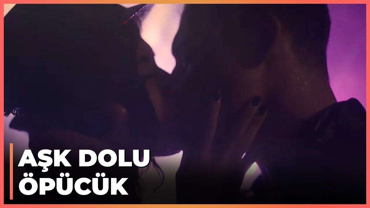Kerem, Kavga Esnasında Zeynep'i Öptü - Güneşi Beklerken 49. Bölüm
