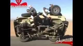 Saudis change their car tires
