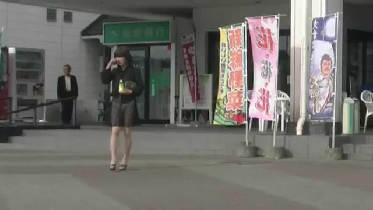 ミニスカ熟女のシースルー5・Black lace skirt1