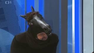 Pečený sněhulák - Kůň v televizním studiu