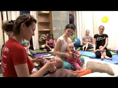 Baby Yoga at BrightFamily Moscow Birthlight