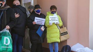 Protest przed Sądem Okręgowym w Ostrołęce