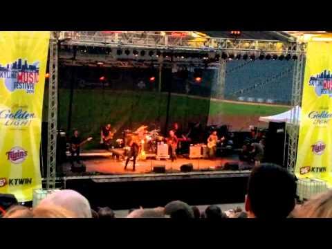 O.A.R. - Hey Girl - 8/9/2014 - Skyline Music Festival, Minneapolis, MN
