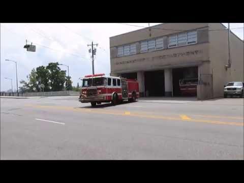 Cincinnati Engine 17 & Medic 17 Responding