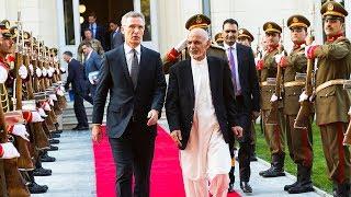 NATO - News: NATO Secretary General and top military leaders
