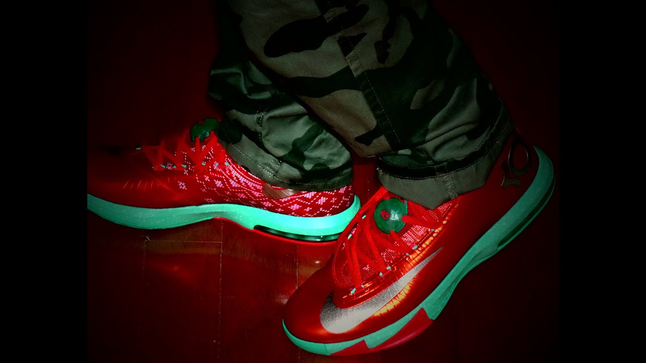 KD 6 Christmas on feet - YouTube