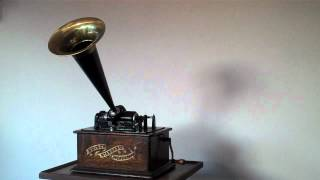 Edison Standard Phonograph-Uncle Josh in a Department Store