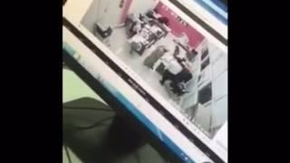 """""""فيديو"""" شاهد لحظة اقتحام سيارة سوبربان لوكالة تويوتا في طريف!"""
