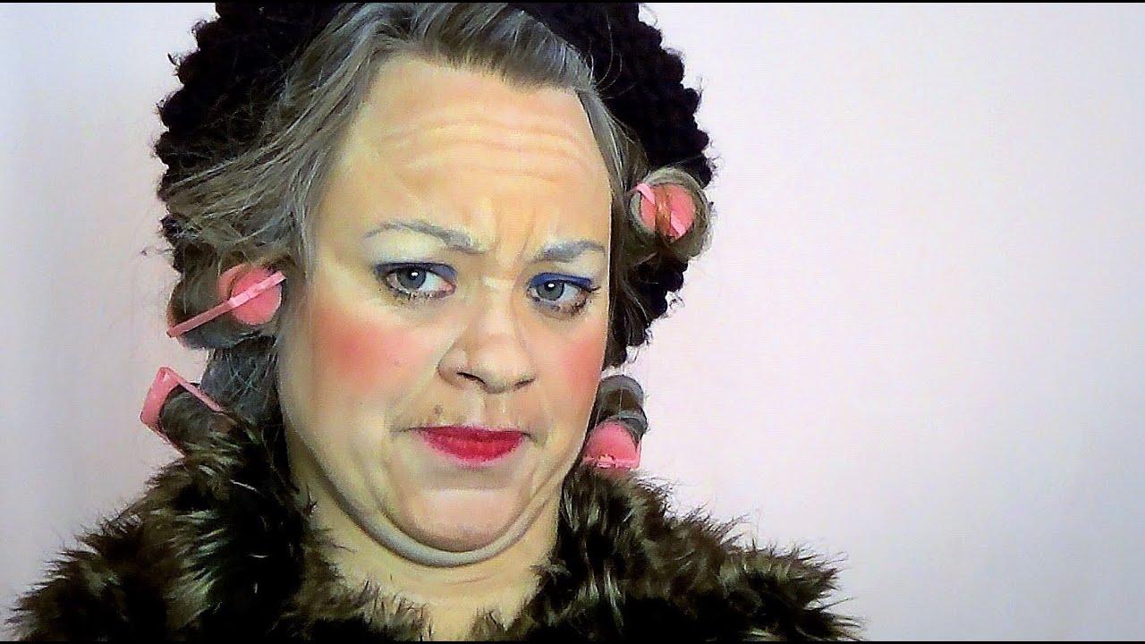 Grandma\'s Grumpy! DIY Easy Halloween Costume - YouTube
