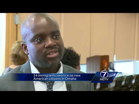 34 immigrants sworn in as new American citizens in Omaha
