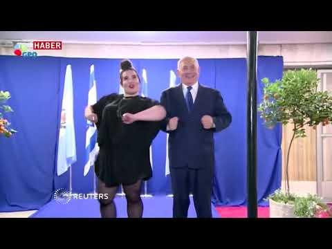 Netanyahu'dan katliam sonrası tavuk dansı