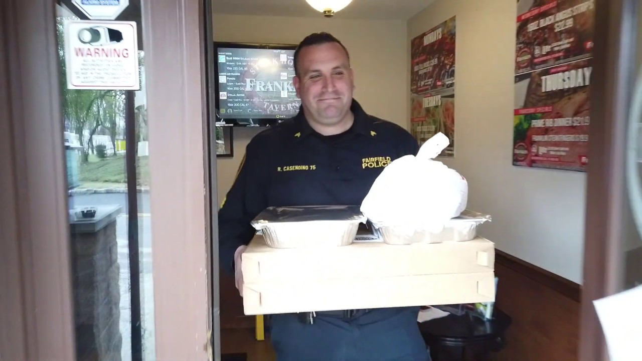 "Fairfield officers participate in ""TAke out tuesday"" to support local business"