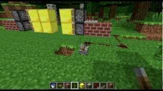Как сделать простую дверь в Minecraft 1.2.5(Айпи сервера на котором снималось это видео IP:46.174.49.46:25573., 2012-08-06T13:42:26.000Z)