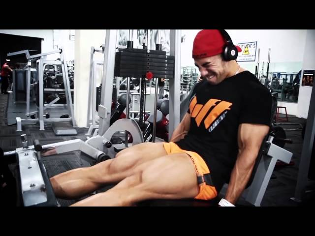 Eddy Ung and Adam Rochester train Legs with Strong Lift Wear