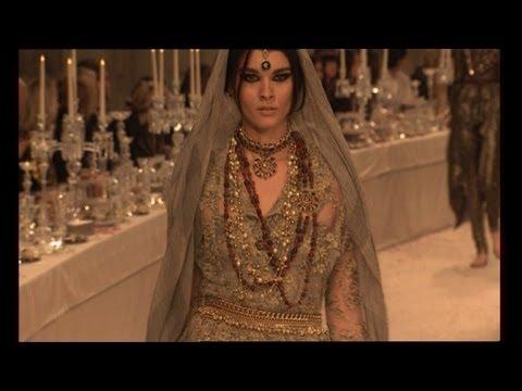Chanel Fashion Show Paris-Bombay 2011/12
