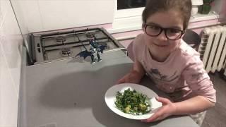 ПОСТНЫЕ БЛЮДА - Салат из рукколы и авокадо