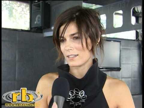 VALERIA SOLARINO - intervista (Madrina del Festival di Roma 2010) - WWW.RBCASTING.COM