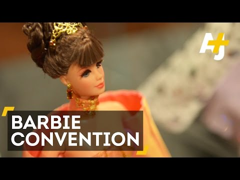 National Barbie Doll Collectors Convention Attracts Hundreds