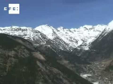 Hallan un cadaver que podría ser el del excursionista desaparecido en Andorra  .
