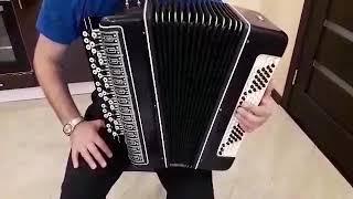 Shox Kirov akkordeon' ta'mirlash keyin.
