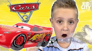 Disney Cars 3 Movie GAS OUT Game! Lightning McQueen & Cars Toys Unboxing