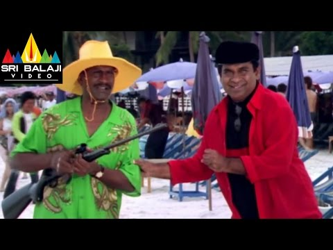 Evadi Gola Vaadidi Movie Brahmi and Kovesarala at beach | Aryan Rajesh, Deepika | Sri Balaji Video