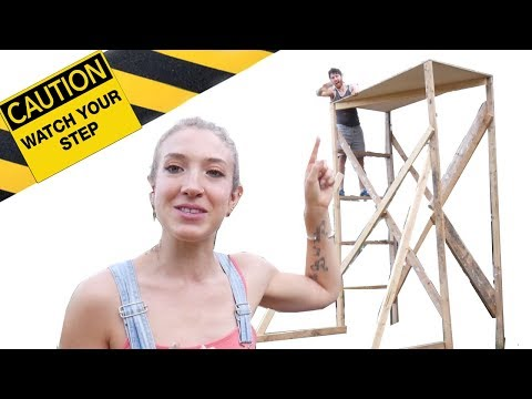 DIY Scaffolding for Tiny House with Recycled Wood