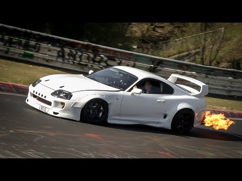 NÜRBURGRING GREATEST MOMENTS 2017 - BEST OF Highlights, Crashes, Drifts & Fails - Nordschleife 2017