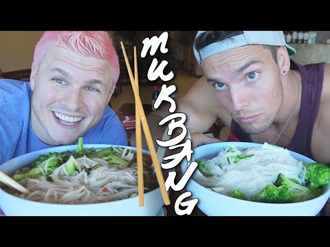 VIETNAMESE FOOD VEGAN MUKBANG | ft. Jon Venus