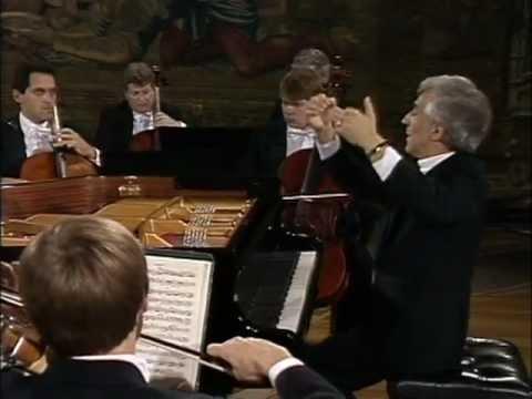 Mozart, Concierto para piano Nº 12 en La mayor, K414. Vladimir Ashkenazy, piano