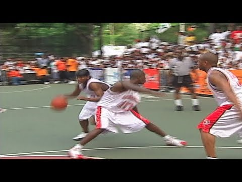 Bone Collector Takes Jay Z's Team at Rucker Park - Original Footage