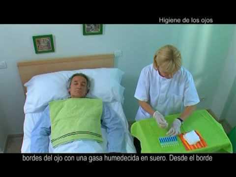 Resultado de imagen para cuidado bucal pacientes postrados