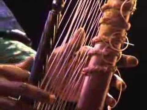 Kora Playing by TOUMANI DIABATE & THE SYMMETRIC ORCHESTRA