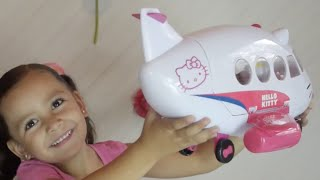 Hello Kitty Airplane Fun! + Surprise Toy Unboxing and Kids Toys.