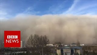 Huge sandstorm hits Chinese city of Zhangye - BBC News
