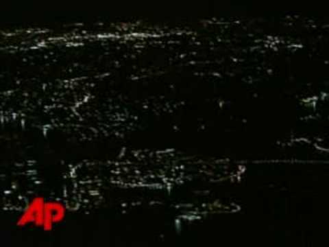Sydney's Most Recognizable Landmarks Go Dark