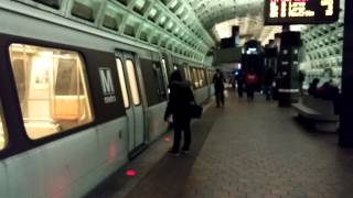 WMATA Metrorail - Breda 3000 Series #3027 at Federal Triangle [Mobile Video]