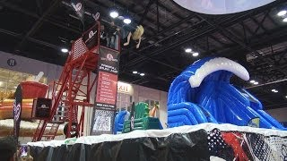 ZEROSHOCK FreeFall Stunt Jump at the IAAPA Expo 2013 - with Lady Somersault
