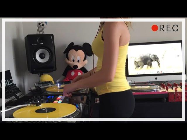 DJ Lady Style - Eminem Without Me