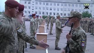 Як у Житомирі десантники присягу приймали
