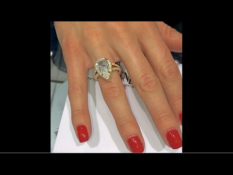2.6 ct Pear Diamond Engagement Ring Handmade in Rose Gold Halo